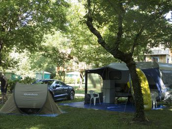 Emplacement camping Universal Gard